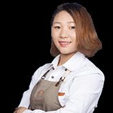 上海欧米奇烹饪学校名师-严慧琴